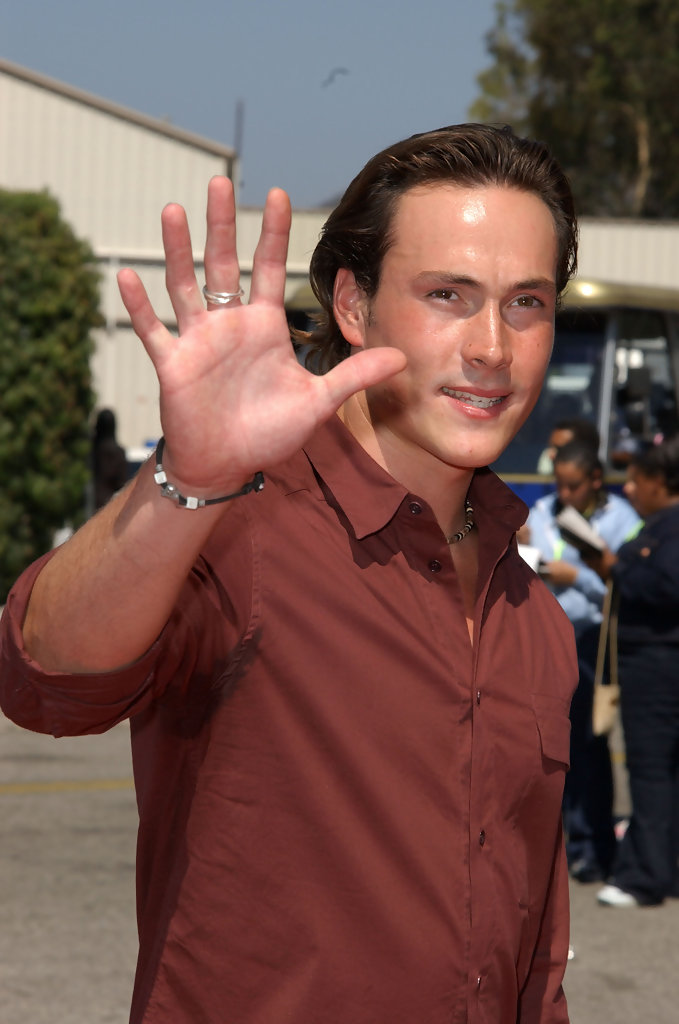 Chris Klein in The 2002 Teen Choice Awards - Arrivals - Zimbio