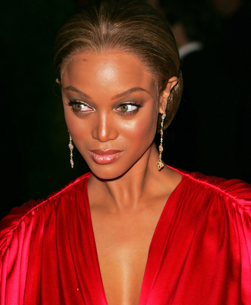 Tyra Banks Awards: 2007 Vanity Fair Oscar Party