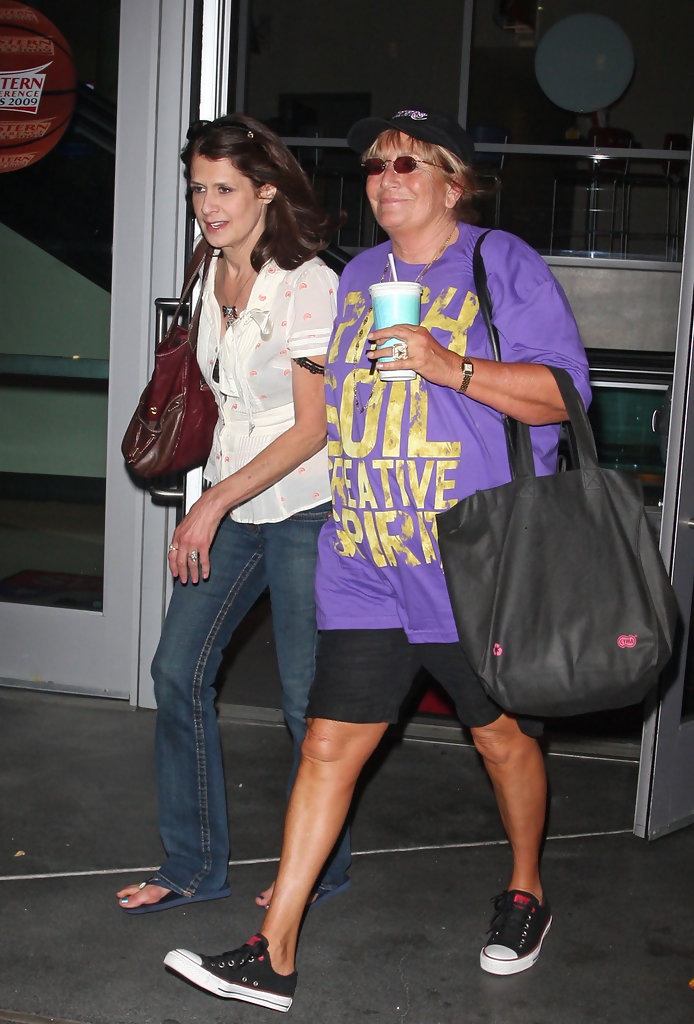 Penny Marshall in 2009 NBA Playoffs LA Lakers vs Denver
