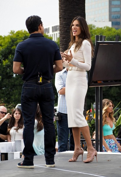 She chats it up with Mario Lopez.