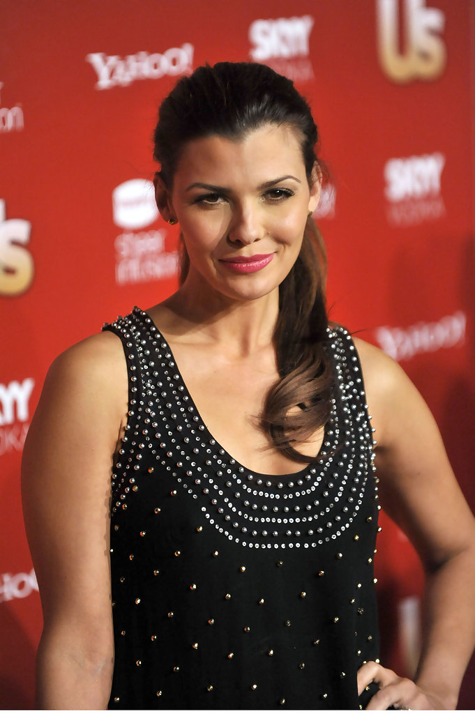ali landry, miss usa 1996. - Página 3 Ali+Landry+Weekly+Hot+Hollywood+BkTq_5GMoGCx