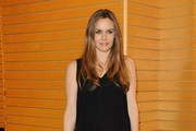 Alicia Silverstone Signs Copies of Her Book