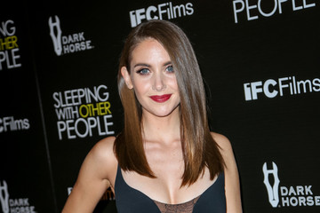 Alison Brie Premiere of 'Sleeping With Other People' at ArcLight Cinemas