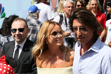 Amanda Holden Simon Cowell Honored With Star On The Hollywood Walk Of Fame