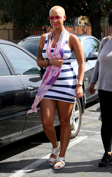 amber rose with hair pics. Amber Rose Visits The Hair