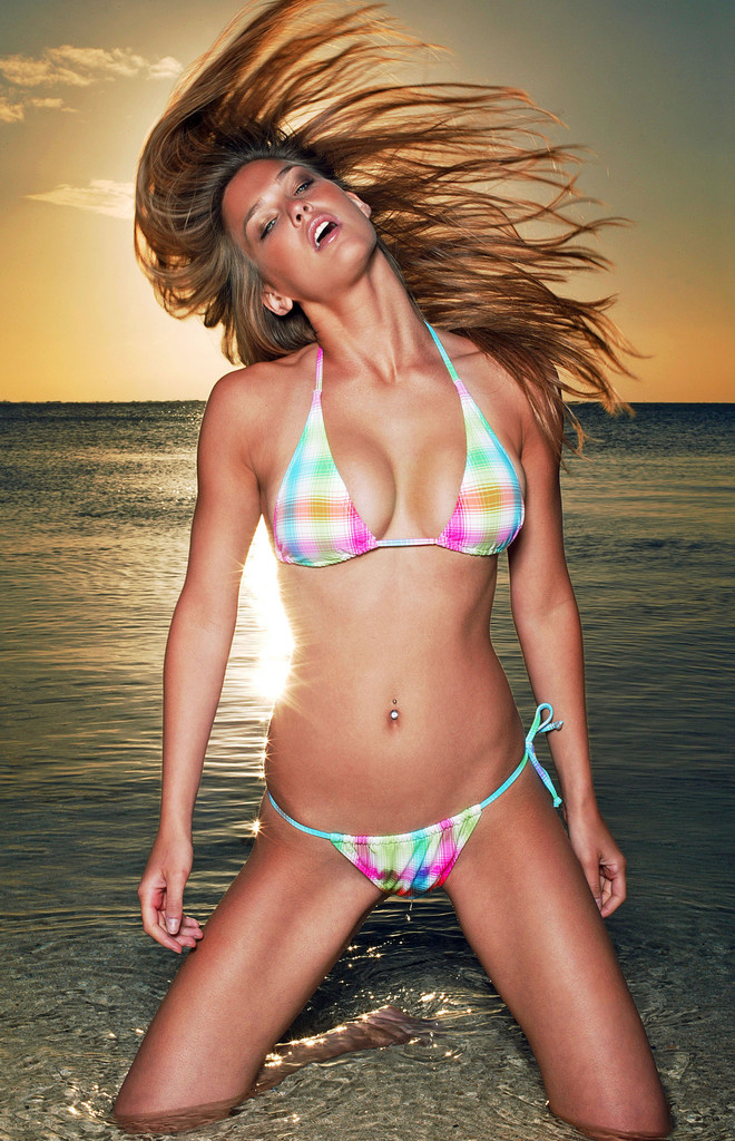 Bar Refaeli Bikini Bodies  Pic 9 of 35