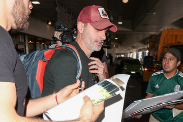 Andrew Lincoln Andrew Lincoln Hits LAX