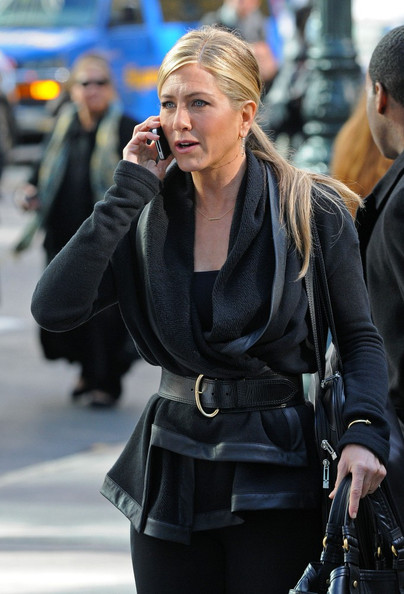 Jennifer Aniston films 'Wanderlust' in Midtown.