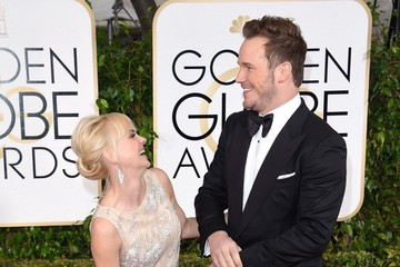 Anna Farris Arrivals at the Golden Globe Awards