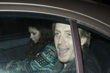 Anna Friel Rhys Ifans Makes Funny Faces