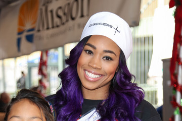 Ariane Andrew Celebrities Attend Christmas Dinner for the Homeless at Los Angeles Mission