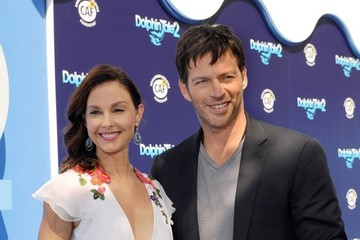 "Ashley Judd ""Dolphin Tale 2"" World Premiere"