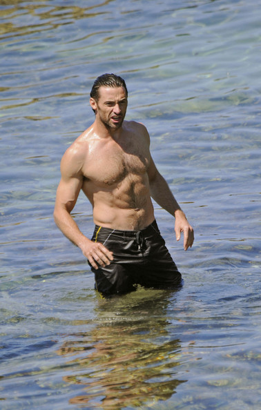 hugh jackman in beach bodies 20082009 zimbio