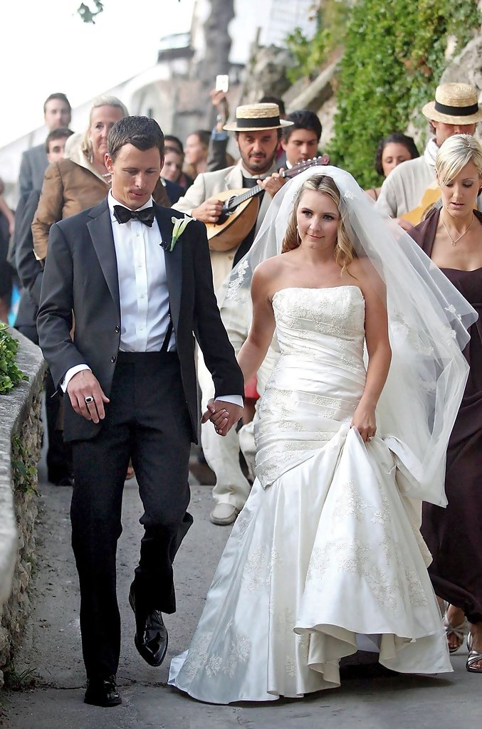 beverley mitchell in beverly mitchell marries michael