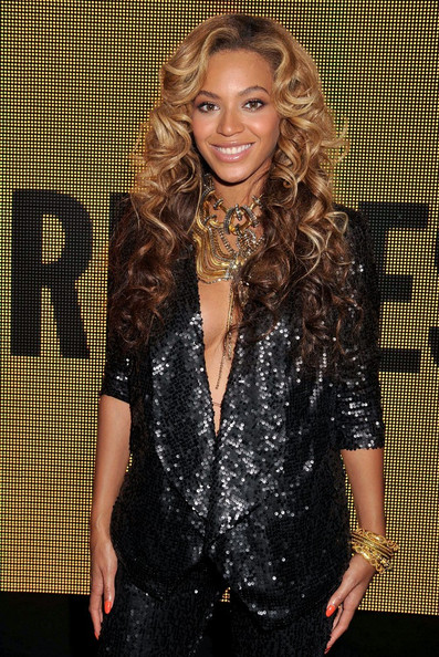 Beyonce Knowles - House of Dereon Launch at London Fashion Week