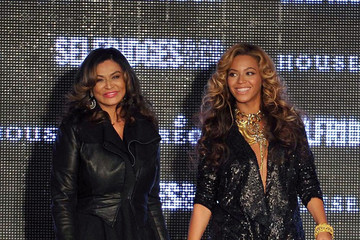 Beyonce Knowles Tina Knowles House of Dereon Launch at London Fashion Week