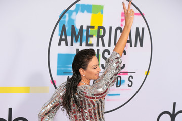 Bleona Qereti 2017 American Music Awards