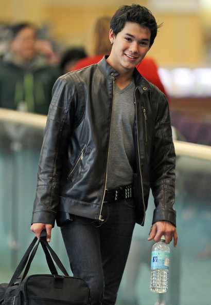 """The Twilight Saga: Eclipse"" star Booboo Stewart is all smiles upon arrival at Vancouver International Airport (YVR)."