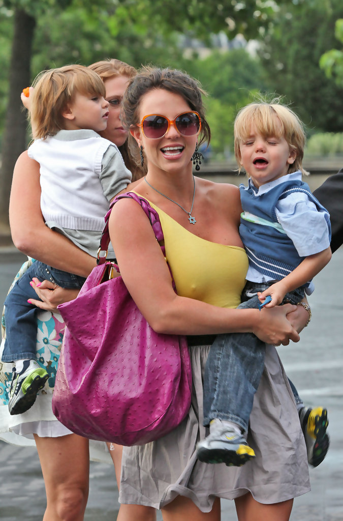 Britney Spears Stars Who Became Parents Before Age 25 Zimbio