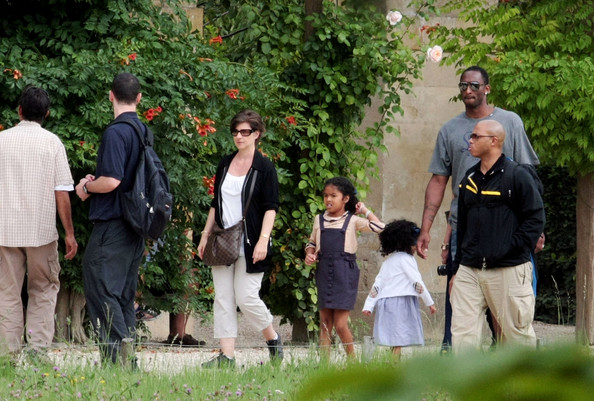 Gianna Bryant Basketball Star Kobe Bryant, wife Vanessa and their daughters