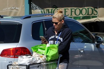 Busy Philipps Busy Philipps Goes Shopping