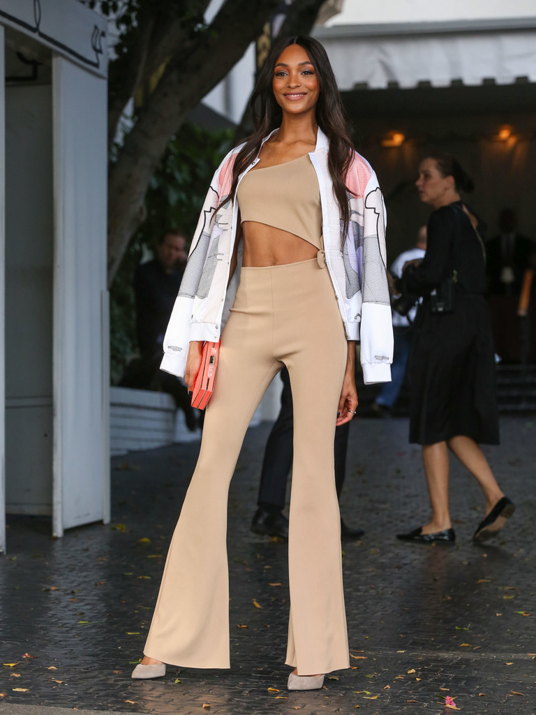 Jourdan Dunn Photos Photos Cfda Vogue Fashion Fund Show And Tea Presented By Kate Spade New