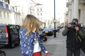 Cara Delevingne Cara Delevingne and Michelle Rodriguez Out in London — Part 2