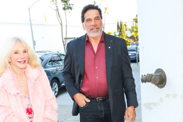 Carla Ferrigno Lou Ferrigno Outside Laemmle's Music Hall Theatre In Beverly Hills