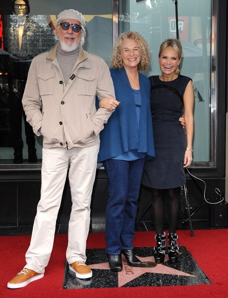 Carole King honored with star on the Hollywood Walk of Fame. Hollywood, CA..December 3, 2012..Job: 121203A1..(Photo by Axelle Woussen)..Pictured: Lou Adler, Carole King and Kristin Chenoweth.