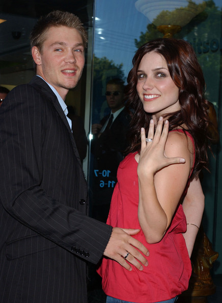 House Of Wax Party In This Photo Sophia Bush Chad Michael Murray Warner Bros