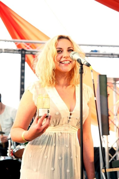 naked Sideboobs Charlotte Church (82 pictures) Video, Twitter, cameltoe