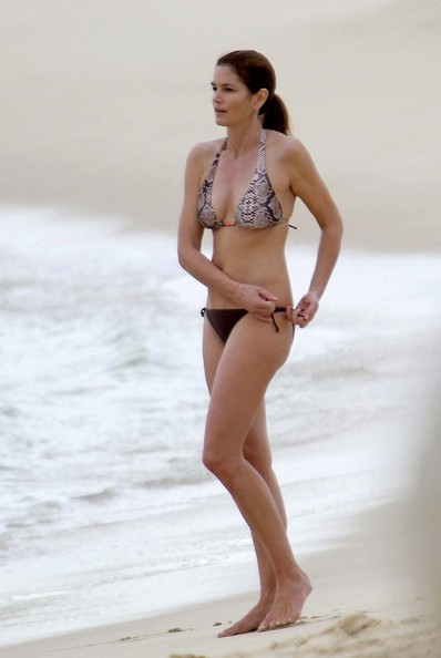 Pictures: Cindy Crawford Looks Hot in a Bikini at 45 - Cindy Crawford - Zimbio