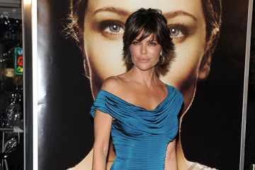 """Lisa Rinna """"The Curious Case of Benjamin Button"""" World Premiere"""