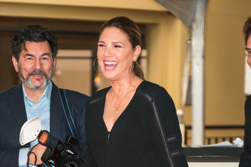 Daisy Fuentes Daisy Fuentes And Richard Marx Outside Dolby Theatre