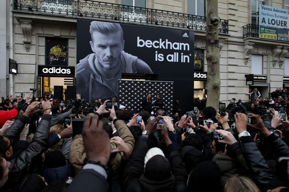 This is What Happens When David Beckham Goes to a Store - You HAVE to See These Photos, Inside