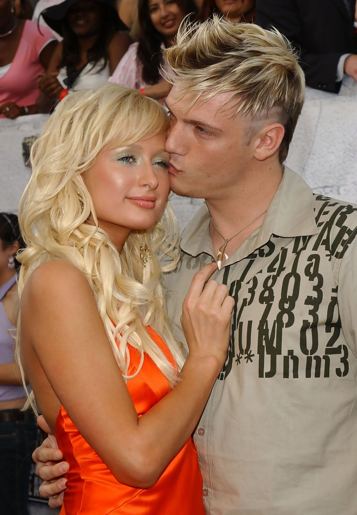 Paris Hilton And Nick Carter Photos Photos Celebrity Pda