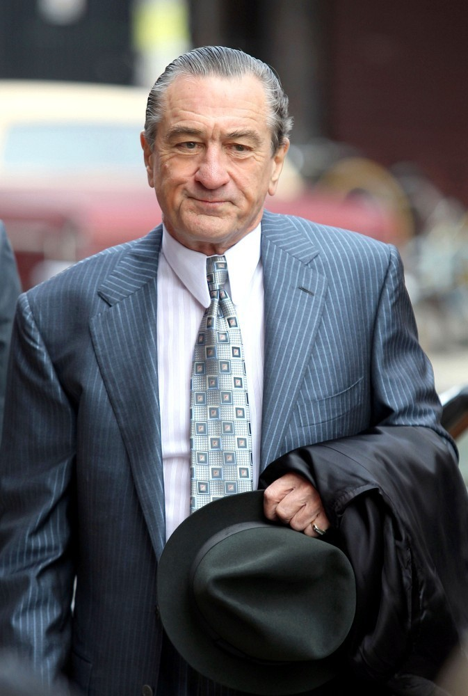 robert de niro films 39 malavita 39 zimbio. Black Bedroom Furniture Sets. Home Design Ideas