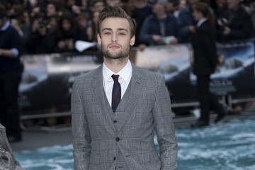 Douglas Booth Red Carpet Arrivals at the 'Noah' Premiere — Part 2