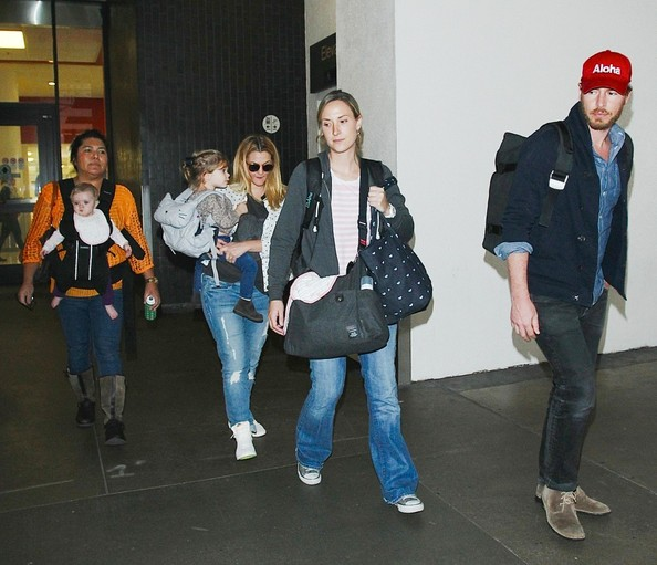 Drew Barrymore Photos - Drew Barrymore and Family at LAX
