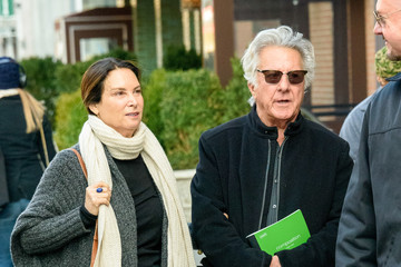 Dustin Hoffman Lisa Hoffman Dustin Hoffman Runs Errands in NYC