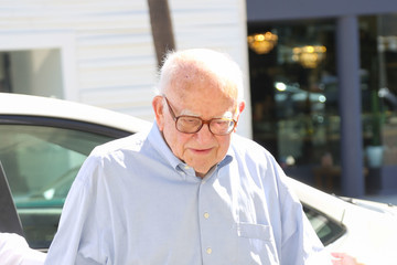 Ed Asner Ed Asner at Spagos in Beverly Hills