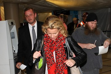 Elizabeth Banks Elizabeth Banks seen at LAX