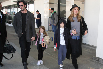 Elizabeth Gutierrez William Levy and Elizabeth Gutierrez Arrive at LAX