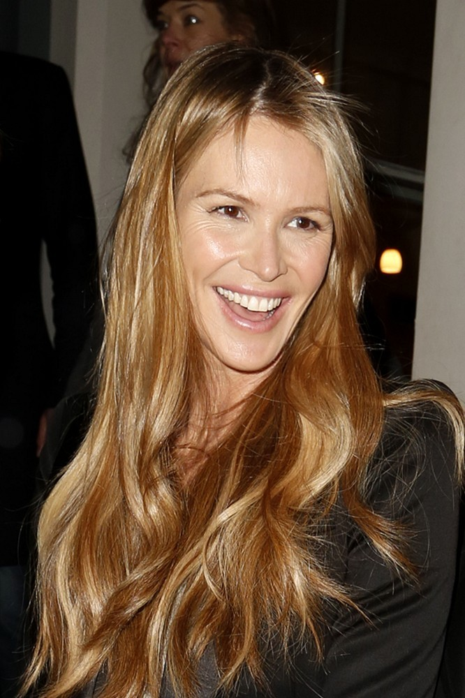 Get Your Greens On With Elle Macpherson's SUPER ELIXIR