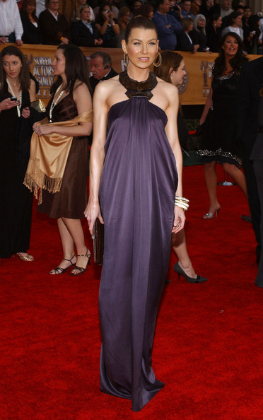 http://www3.pictures.zimbio.com/bg/Ellen+Pompeo+13th+Annual+Screen+Actors+Guild+5Zz-MSZt4Sll.jpg