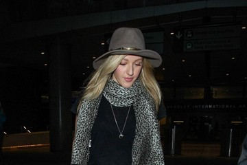 Ellie Goulding Ellie Goulding Arrives at LAX