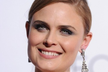 Emily Deschanel Arrivals at the People's Choice Awards