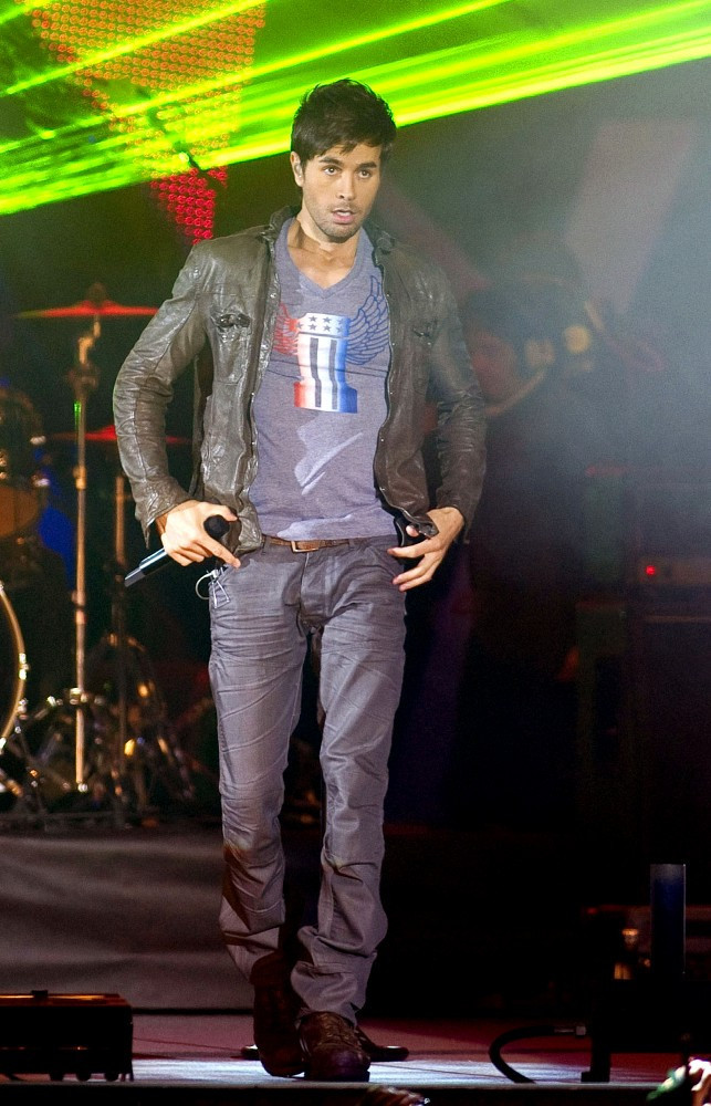 Enrique Iglesias - 40 Principales Music Awards