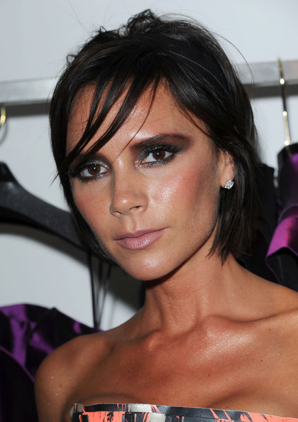 victoria beckham photos 2010. .Victoria Beckham attends the