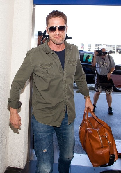 Gerard Butler - Gerard Butler Is All Smiles at LAX